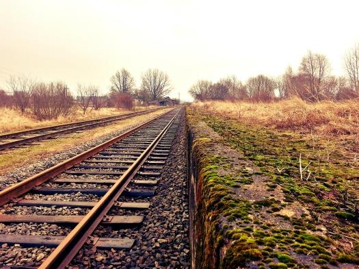 rail-234318_1920.jpg