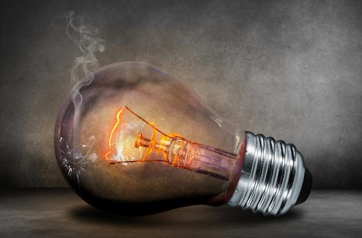 light-bulb-503881_1920